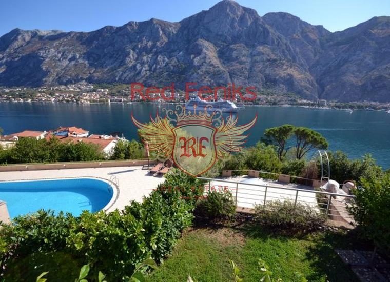 Продается комфортная квартира с панорамным видом на море и Котор, купить квартиру в Которский залив