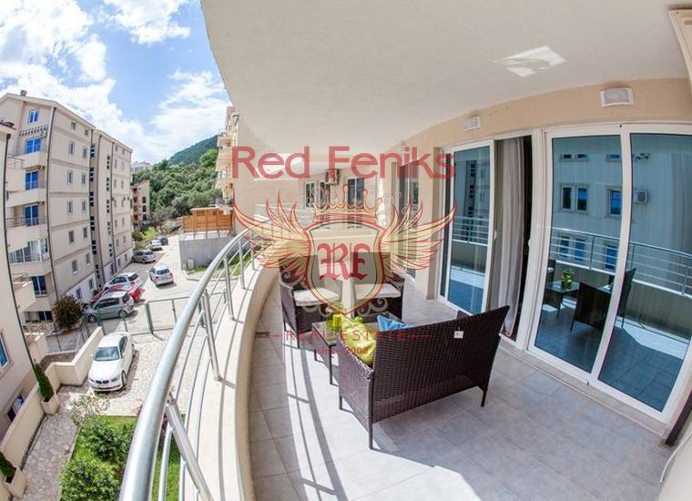 Жилой комплекс с бассейном в Петроваце, купить квартиру в Регион Будва