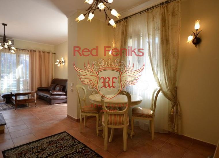 Продается комфортная квартира с панорамным видом на море и Котор, Квартира в Которский залив Черногория