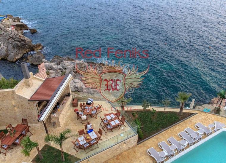 Квартира на первой береговой линии, Квартира в Добра Вода Черногория