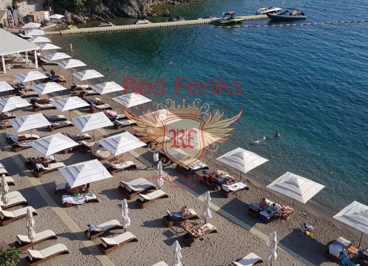 Квартира с двумя спальнями в престижном комплексе на берегу моря в Будве, Квартира в Будва Черногория