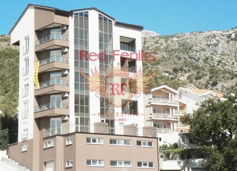 Квартира с одной спальней с отличным видом на море, в здании рядом с отелем Queen of Montenegro в Бечичи.