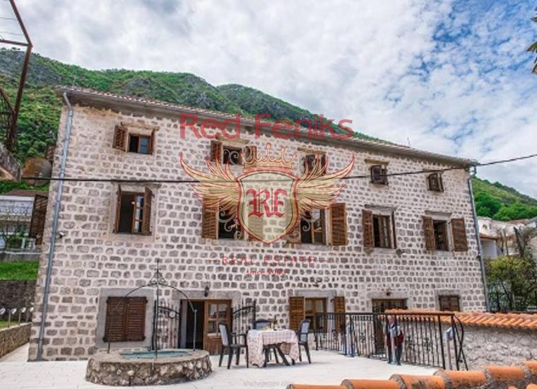 Вилла на первой линии в Столиве, Дом в Которский залив Черногория