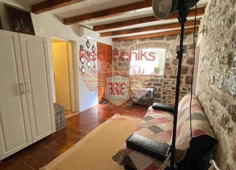 Стильная Двухэтажная Квартира в центре Старого города Герцег-Нови, купить квартиру в Херцег Нови