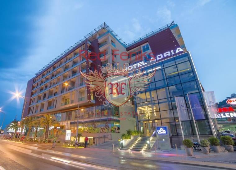 Высококлассное коммерческое помещение в одном из самых популярных и заполняемых отелей категории 4* в центре Будвы – главного делового и туристического центра на побережье Черногории.