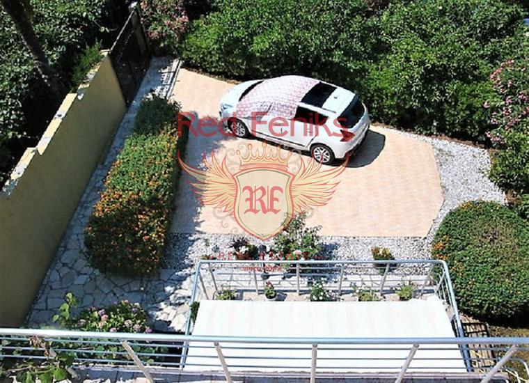 Великолепный дом с панорамным видом в Кумборе, купить дом в Херцег Нови