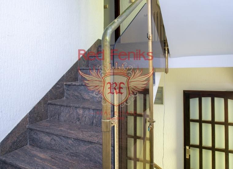 Каменный отель в Бечичах, Черногория, Коммерческая недвижимость в Бечичи Черногория