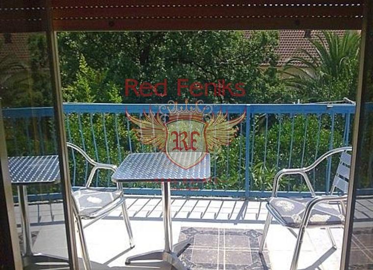 Вилла с апартаментами в Бечичах, Гостиница в Бечичи Черногория