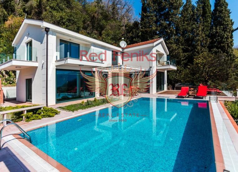 Великолепная вилла с Бассейном и видом на Море рядом с Порто Нови, Дом в Херцег Нови Черногория