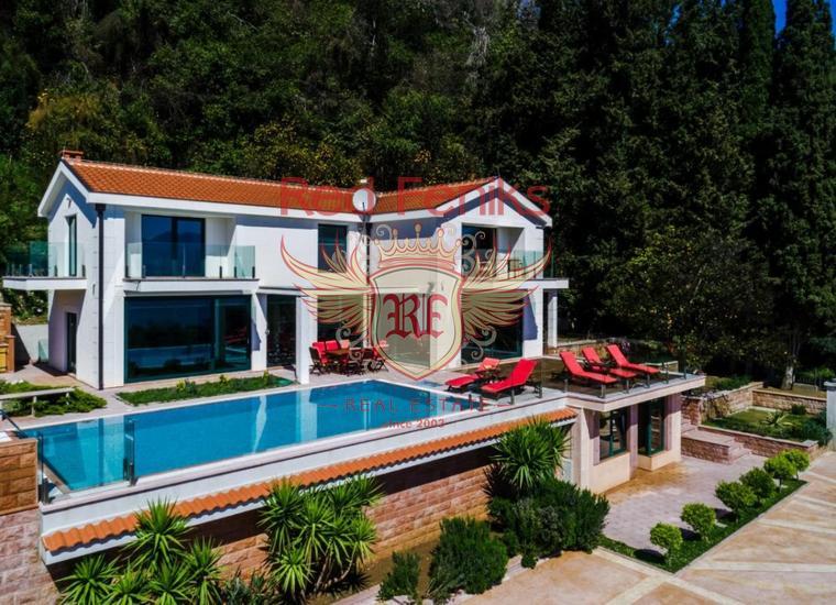 Великолепная вилла с Бассейном и видом на Море рядом с Порто Нови, купить виллу в Дженовичи