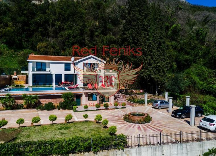 Великолепная вилла с Бассейном и видом на Море рядом с Порто Нови, Вилла в Дженовичи Черногория