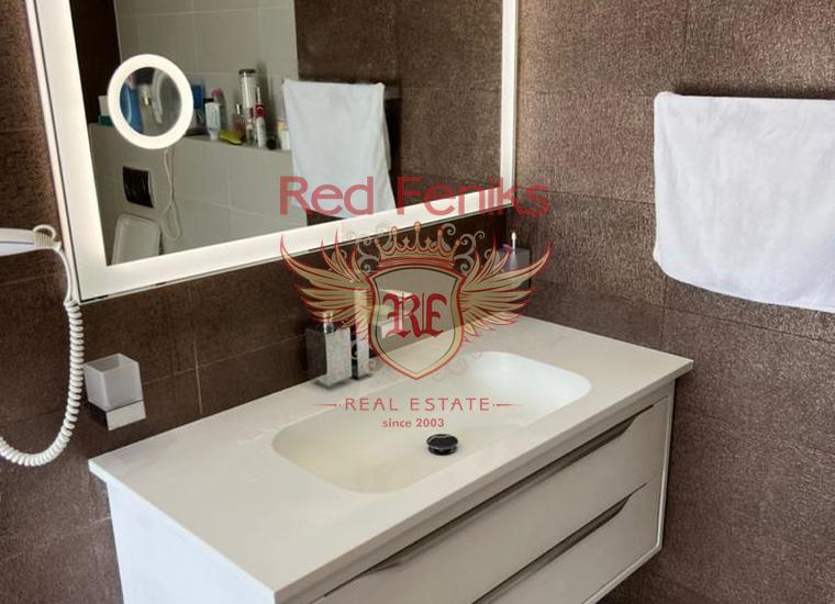 Роскошная вилла на берегу моря в Бока-Которском заливе, Дом в Которский залив Черногория
