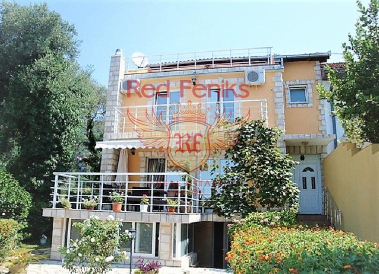 Великолепный дом с панорамным видом в Кумборе, Дом в Херцег Нови Черногория