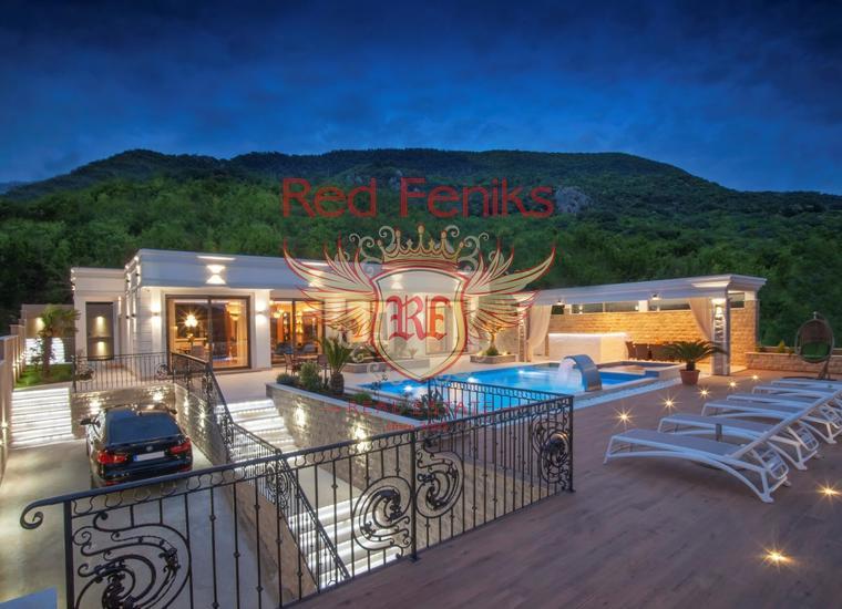 Площадь квартиры 35м2, расположена втором этаже.