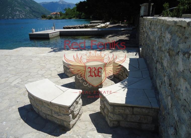 Привлекательная вилла на побережье Костаньица, купить дом в Которский залив