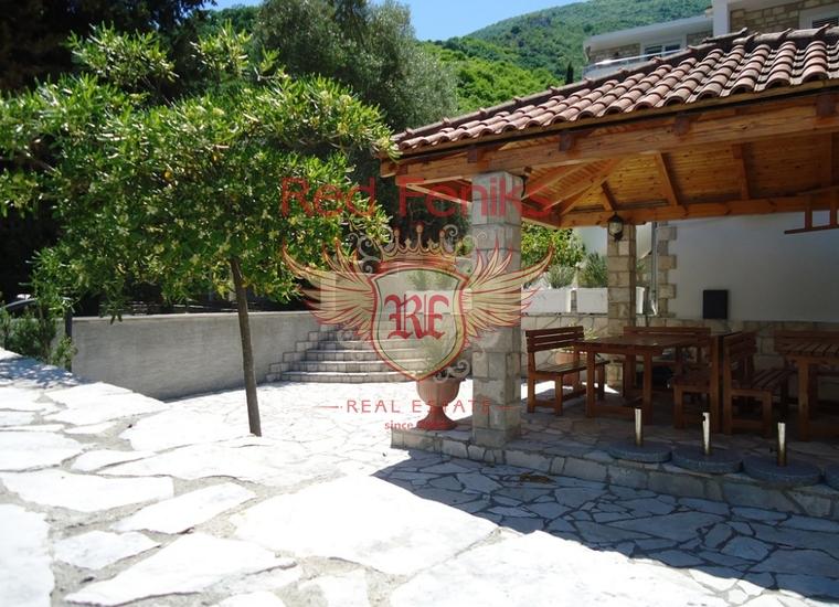 Привлекательная вилла на побережье Костаньица, купить виллу в Костаница