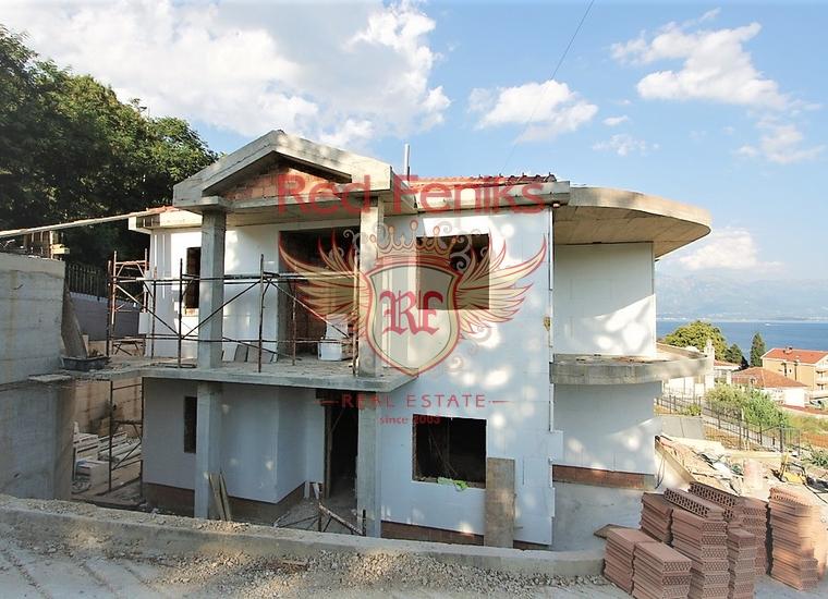 Дом с панорамным видом на море в Тиватском заливе, купить дом в Херцег Нови