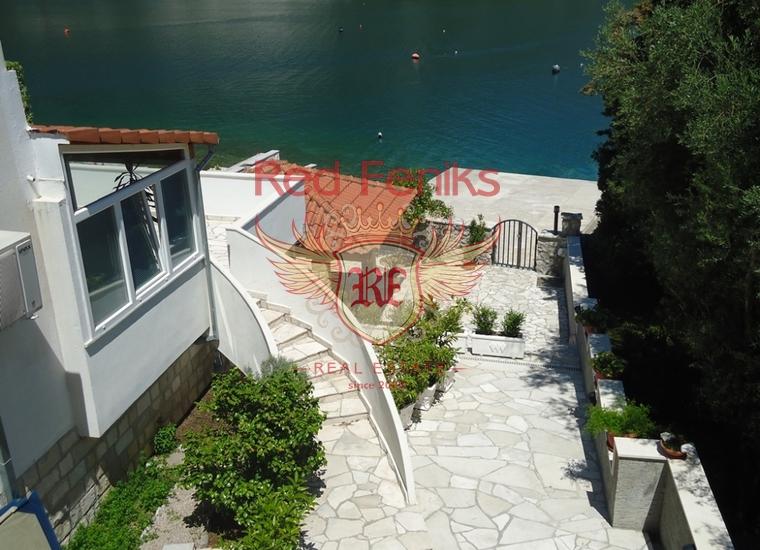 Привлекательная вилла на побережье Костаньица, Дом в Которский залив Черногория