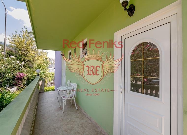 Семейный Мини Отель в Топла, купить коммерческую в Херцег Нови