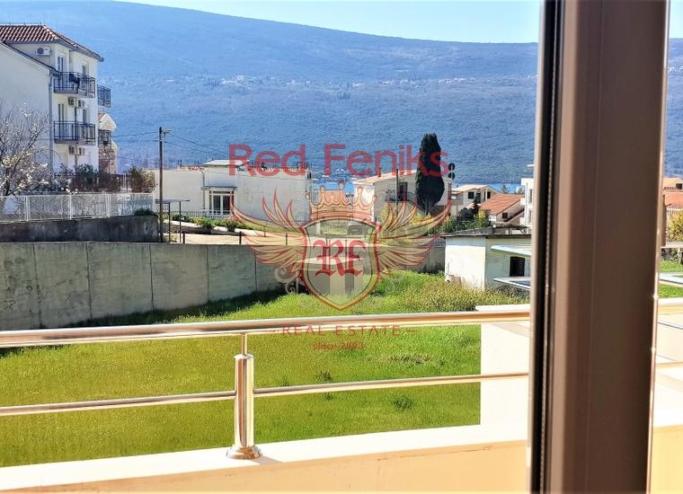 Квартира с двумя спальнями с видом на море рядом с Порто Нови, Квартира в Дженовичи Черногория