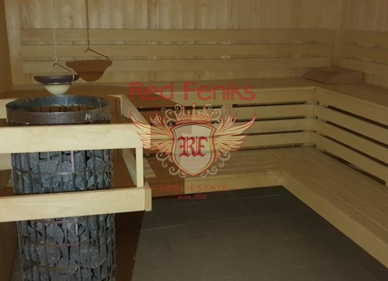 Готовый Бизнес на Первой Линии в Кумборе, Коммерческая недвижимость в Херцег Нови Черногория