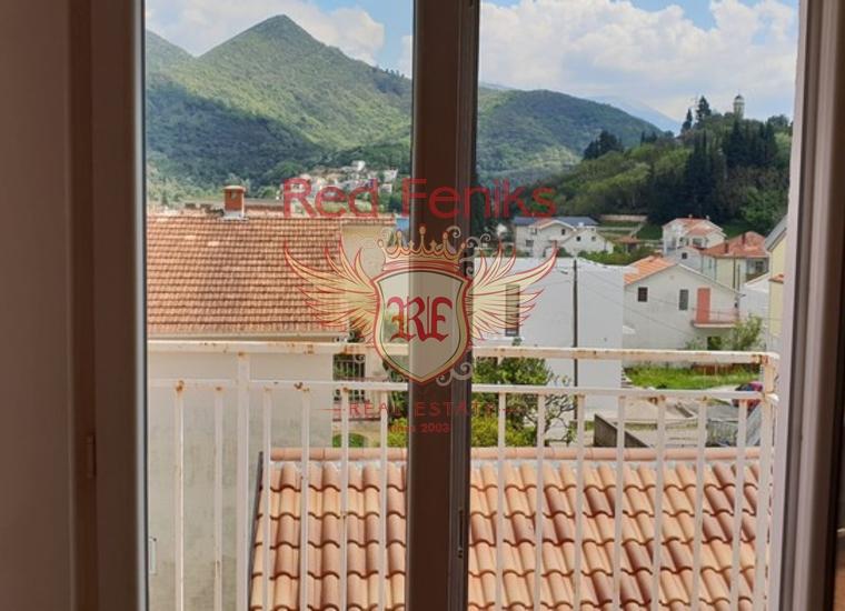 Уютный Трехэтажный Дом в Каменари, Вилла в Каменари Черногория