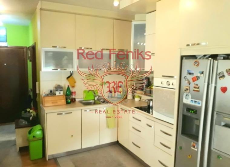 Два апартамента недалеко от пляжа города Будва, купить квартиру в Будва