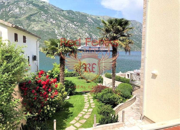 Вилла с видом на море на берегу Бока-Которского залива, Вилла в Столив Черногория