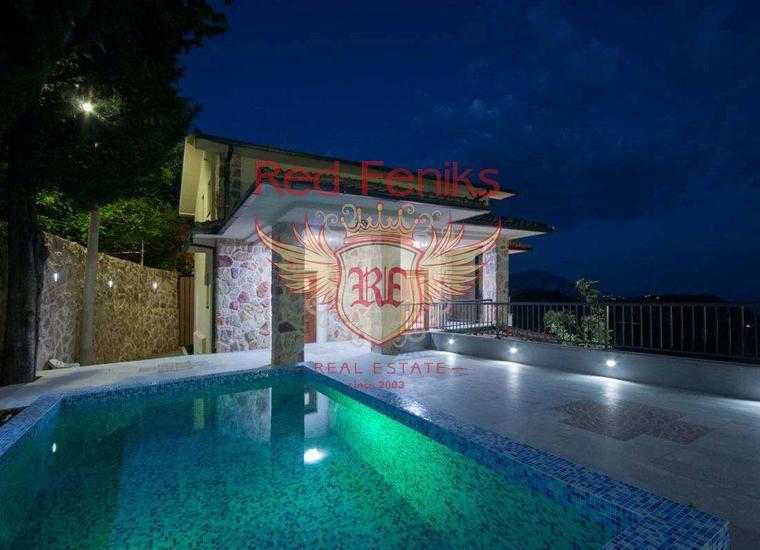 Новый комплекс в Тивате.