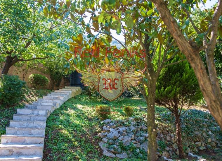 Восхитительный Дом в Столиве, Вилла в Столив Черногория