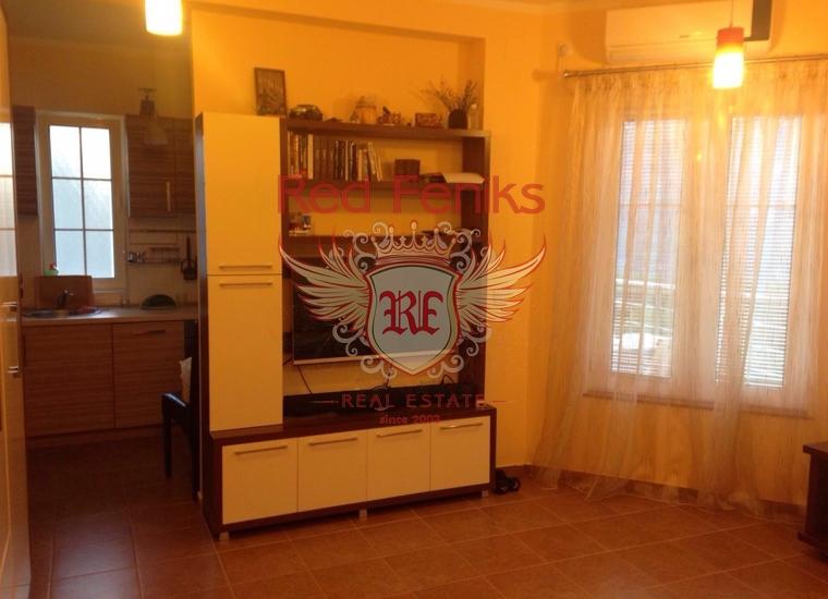 Отличная квартира с участком в загородном комплексе, купить квартиру в Регион Бар и Ульцинь