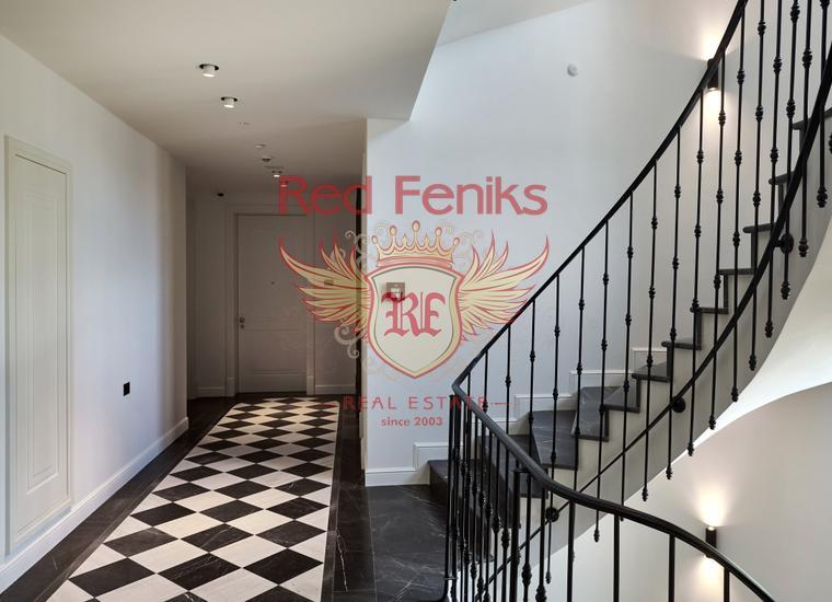 Квартира с отдельной спальней с панорамным видом на море в Рисане, Квартира в Которский залив Черногория