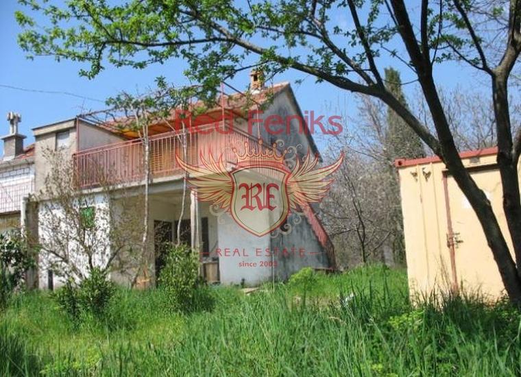 Дом в живописном районе Поди, Дом в Херцег Нови Черногория