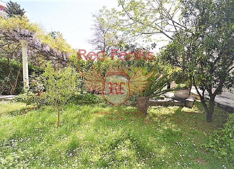 Дом рядом с набережной в Херцег Нови, Вилла в Херцег Нови Черногория