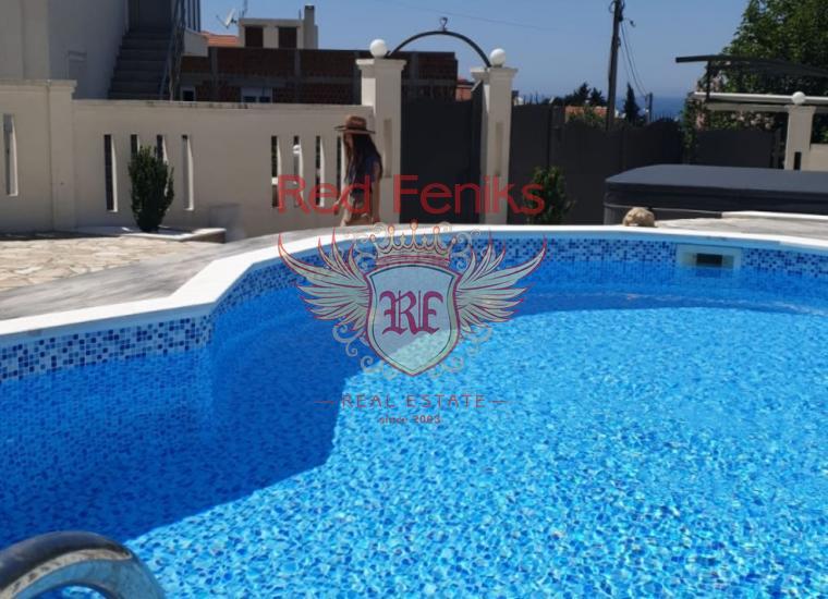 Дом с бассейном в Добрых Водах, Вилла в Добра Вода Черногория