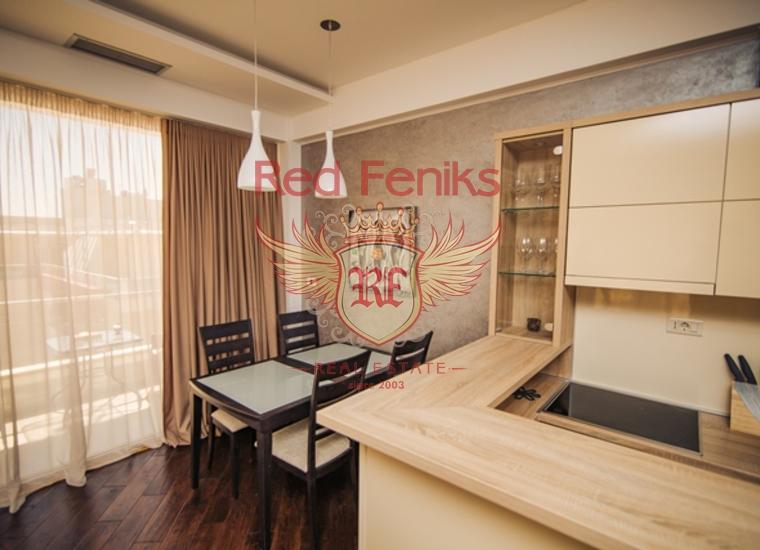 Трехкомнатная квартира с видом на море всего в 100 метрах от моря в Будве, купить квартиру в Регион Будва