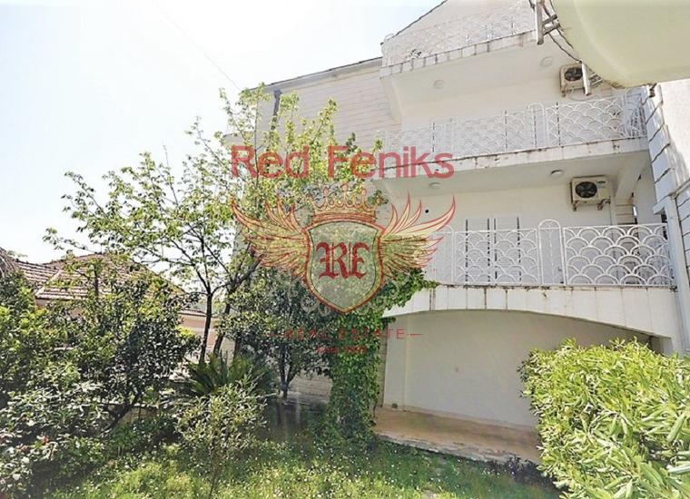 Дом рядом с набережной в Херцег Нови, Дом в Херцег Нови Черногория