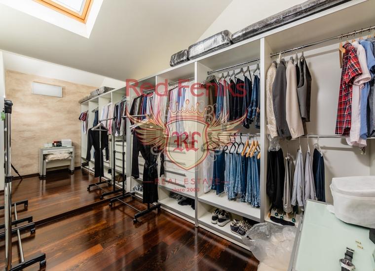 Двухуровневая квартира в Доброте, Котор, купить квартиру в Доброта