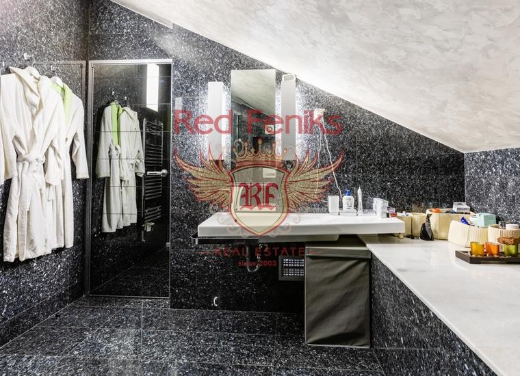 Двухуровневая квартира в Доброте, Котор, купить квартиру в Которский залив