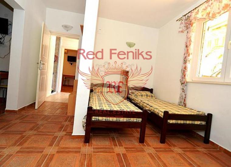 Мини-отель на первой линии в Кумборе, Коммерческая недвижимость в Херцег Нови Черногория