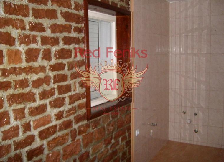 Каменный дом с апартаментами в Баре, купить виллу в Бар