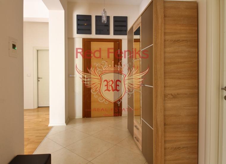 Четырехкомнатная квартира в Будве/Бечичах на первой линии, купить квартиру в Регион Будва