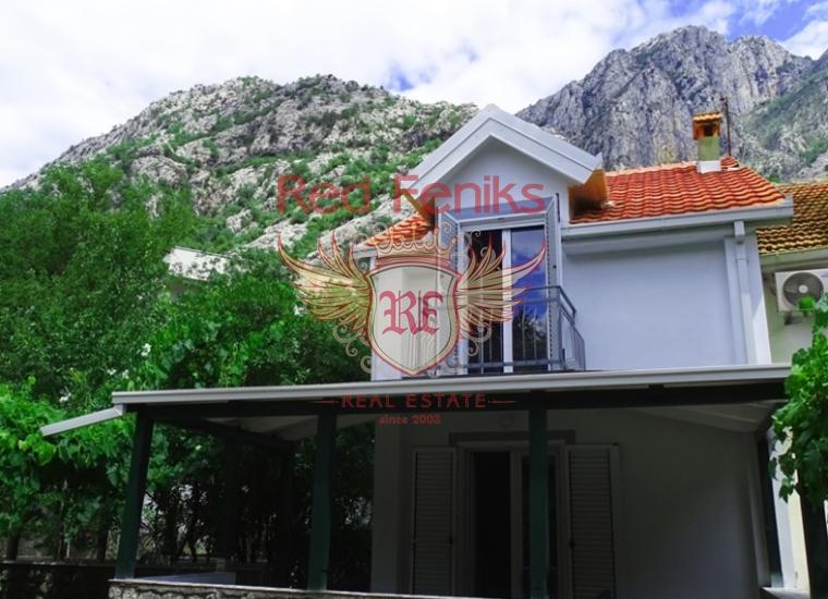 Продажа дома в тихой части Ораховаца, всего в нескольких минутах ходьбы от моря, Черногория.