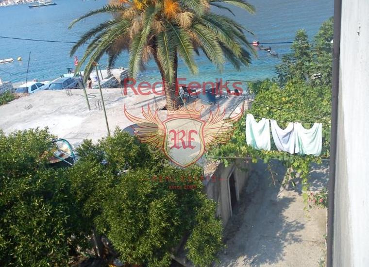 Дом с причалом в уютном поселке Столив, купить дом в Которский залив