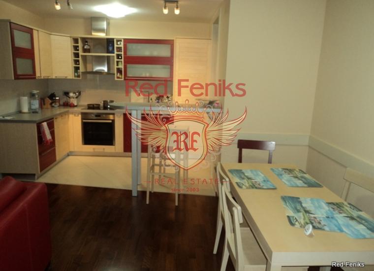Трехкомнатная квартира в Будве на первой линии, купить квартиру в Будва
