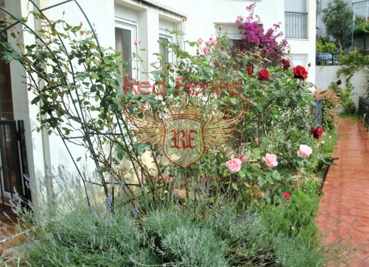 Великолепная видовая квартира c бассейном и садом в Игало, Квартира в Херцег Нови Черногория