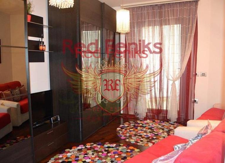 Квартира с двумя спальнями в TQ Plaza, Квартира в Будва Черногория