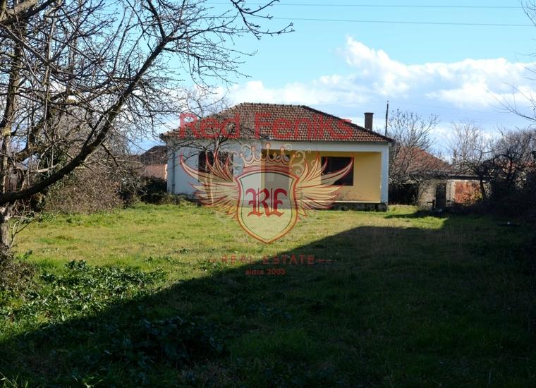 Дом под реконструкцию площадью 87 м2.