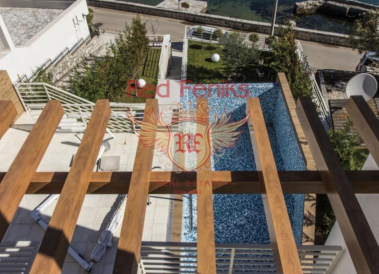 Роскошная вилла на первой линии в Столиве, Дом в Которский залив Черногория