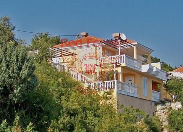 Комфортабельная Вилла Нелица в районе Поди Херцег Нови, Дом в Херцег Нови Черногория